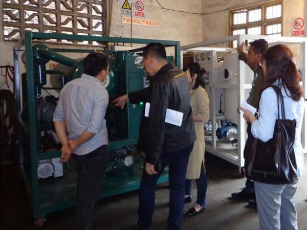 clients-checking--Transformer-oil-purifier